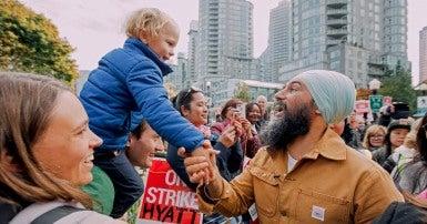 NDP Leader Jagmeet Singh visits Vancouver hotel workers' picket line