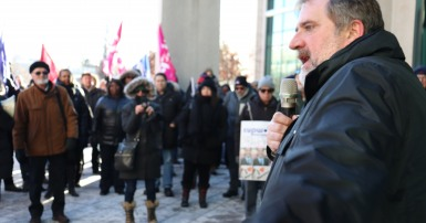 Mark Hancock at CUPW rally December 2018