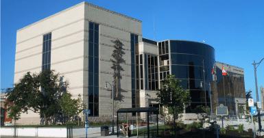 Thunder Bay City Hall. Wikimedia. Vidioman
